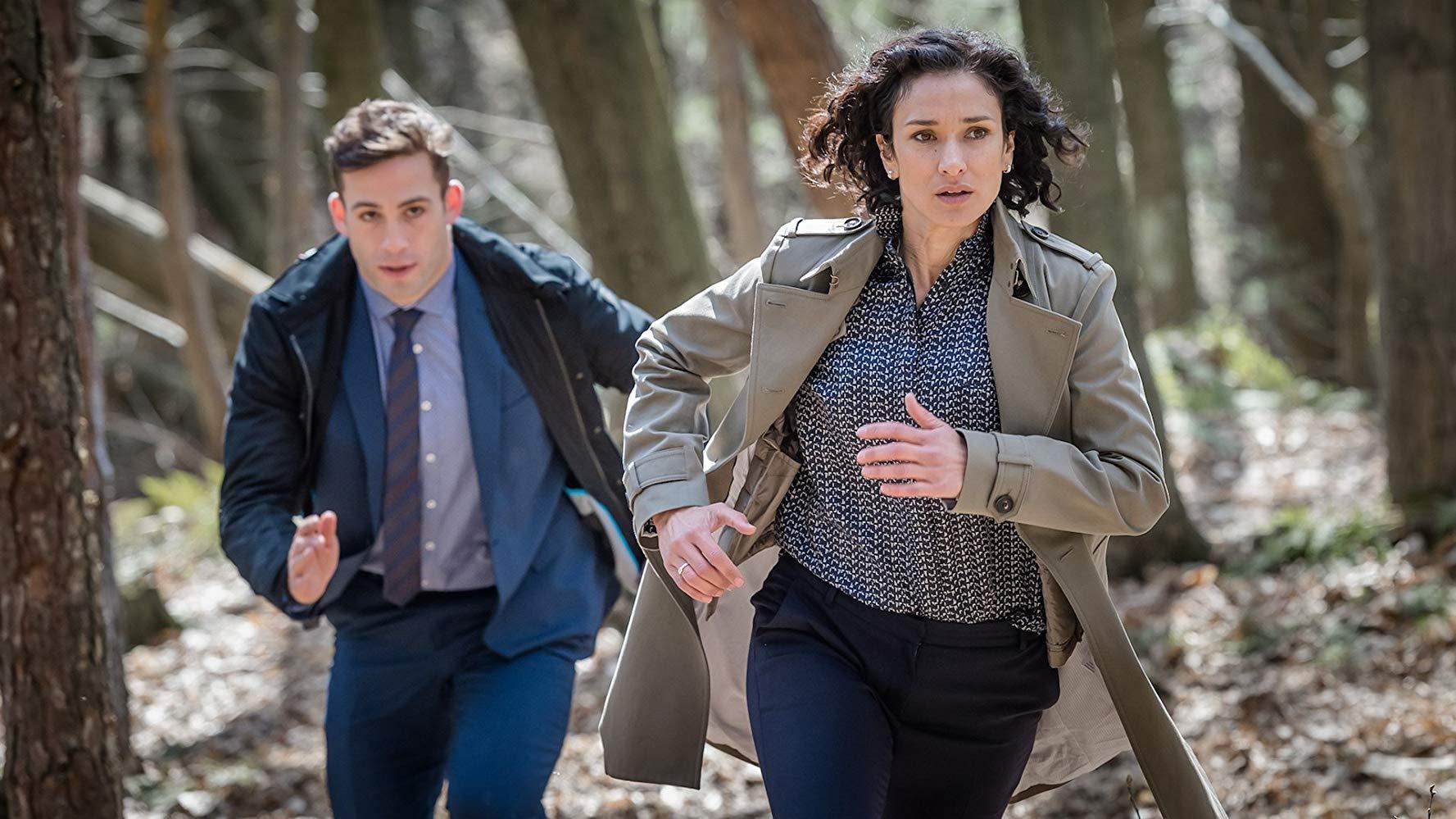 Indira Varma e Dino Fetscher in Paranoid